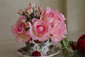 花瓶に活けた切り花